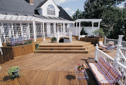 outdoor living Southern Pine deck